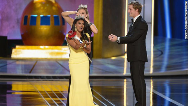 Nina Davuluri Crowned First Indian Miss America