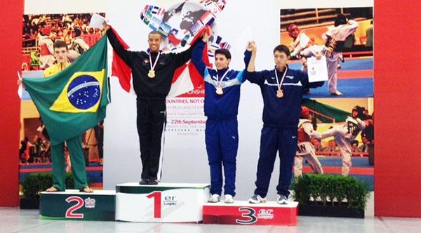 Adam Tomlinson Wins Gold For Canada