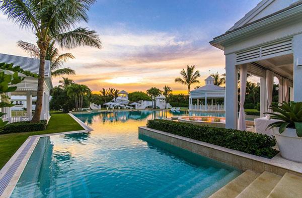 Celine Dion's Water Park Mansion!