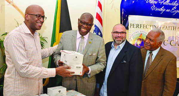 Donnie McClurkin Donates Medical Supplies To Jamaica