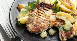 Pork Chops with Apples and Cider Pan Sauce