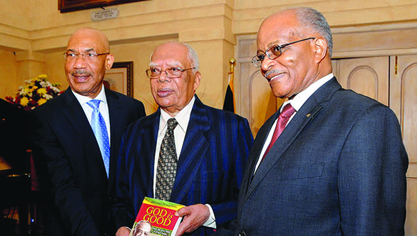 Former Jamaica Governor General Dies