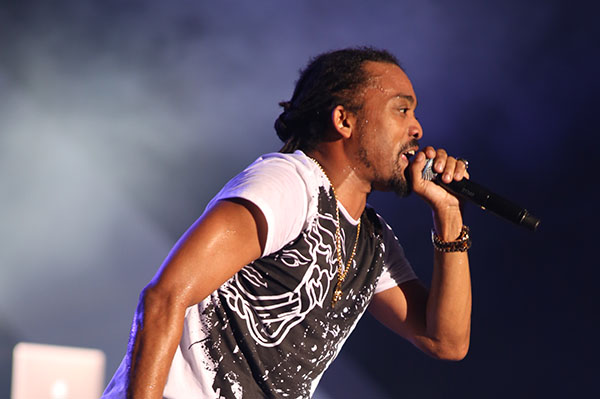 "Machel Montano's ""Big Truck"" Mash Up De Place!"
