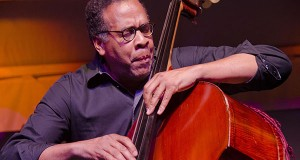Stanley Clarke Closes Toronto Jazz Fest With Multiple Standing Ovations