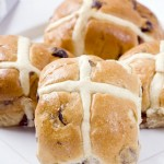EASTER RECIPE: Hot Cross Buns