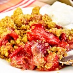 Rhubarb Strawberry Crunch