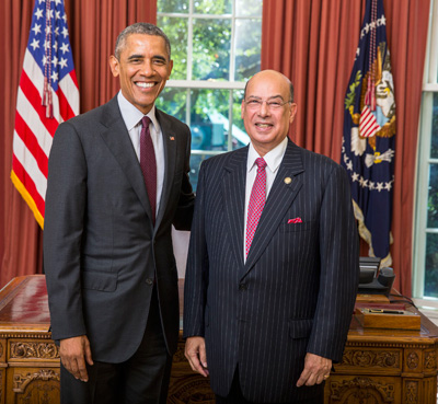 Sir Ronald Sanders and US President, Barack Obama, in the Oval Office in 2013. Photo credit: Official White House photo by Pete Souza.