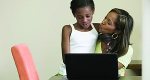 4 Ways For Parents To Stop Cyberbullying