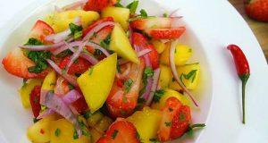 A Refreshing Mango Strawberry Salad