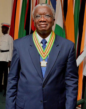 Prime Minister of Barbados, Freundel Stuart, shows off his Order of Roraima, Guyana's second highest National Award. Photo credit: GINA.