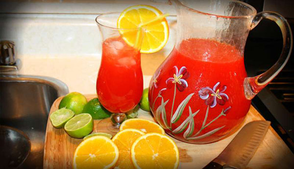 The Ultimate Caribbean Rum Punch