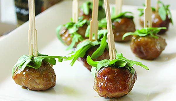 Entertain With This Gluten-free Peach Turkey Meatballs Appetizer