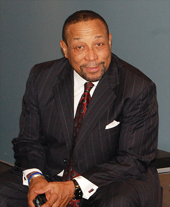 Chuck Ealey relaxes before receiving his award at the ACAA gala in February, 2013. Photo credit: ACAA.