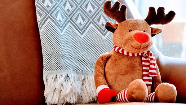 toy-deer