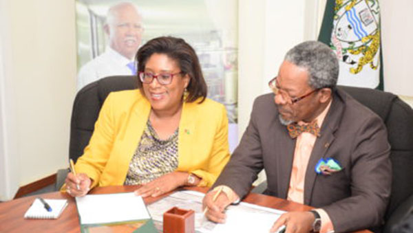 MOU Signed To Improve ICT Platforms At University Of Guyana