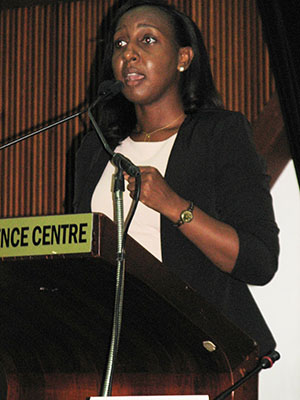 Shanike Smart addresses the Forum. Photo credit: Michael Van Cooten.
