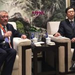 Mario Cimoli, Director of ECLACs Production, Productivity and Management Division (left) with Vice-Minister, FANG Aiquing of the Ministry of Commerce of the Peoples Republic of China.
