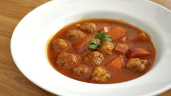 Italian Meatball Bean Soup