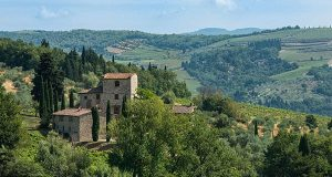 Michelangelo's Romantic Tuscan Villa On The Market With A Reduced Price Of US$7.5 Million