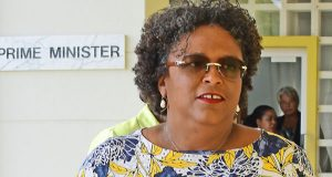 Barbados Suspends Payments To External And Domestic Creditors
