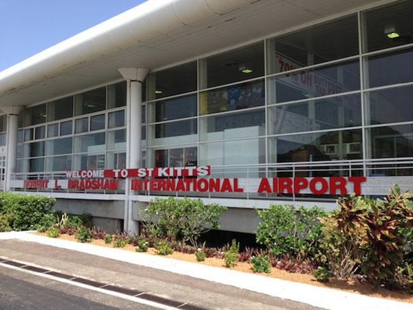 Robert L Bradshaw International Airport_St. Kitts