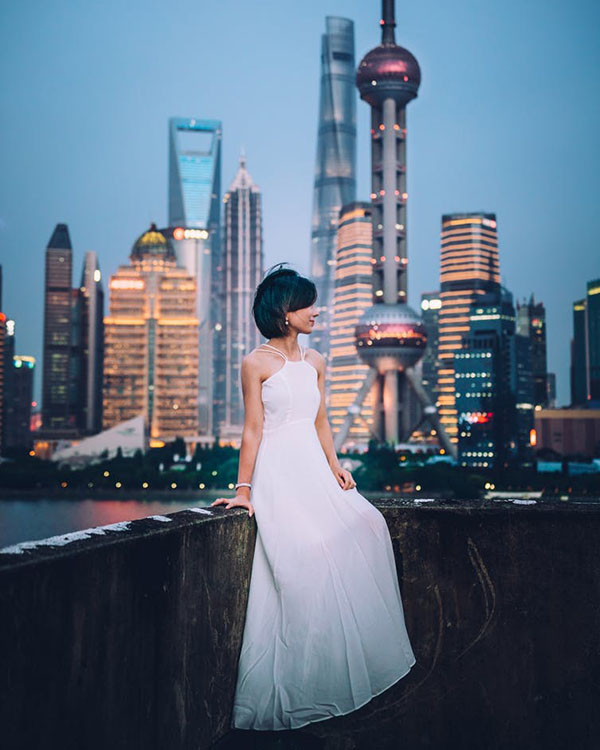 As education levels increase for women in China, their chances of finding a mate decreases. Photo: Shandong Middle Road, Shanghai. Photo credit: Yiran Ding/Unsplash.