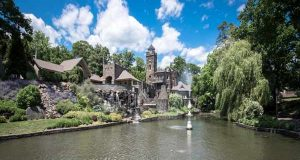 Former New York Yankees Super Star, Derek Jeter's, Family Castle For Sale