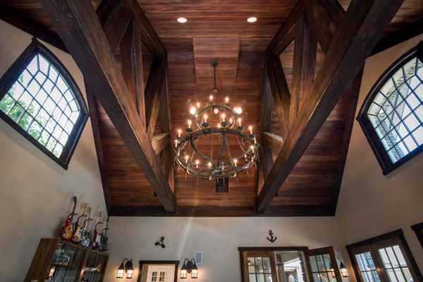 Derek Jetter Mansion -- Great Room Ceiling