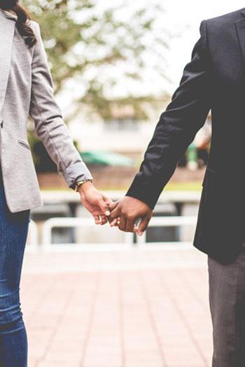 Are jealousy and suspicion undermining your monogamous relationship? Photo credit: freestocks.org.