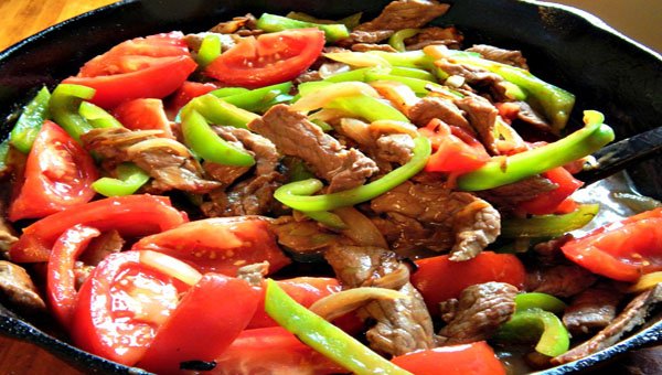Beef With Peppers And Tomatoes