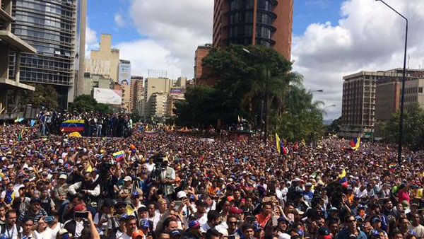 The crowds returned to the streets of Caracas and dozens of other Venezuelan cities to express discontent over the economic crisis and call for change in the country's leadership. Photo credit: National Assembly.
