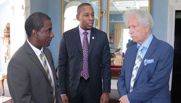 Eastern Caribbean Central Bank Governor Holds Talks On Bank's Performance