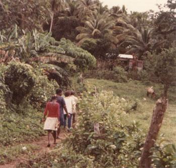 Visiting americanos in Samaná. Photo credit: Shana Poplack.