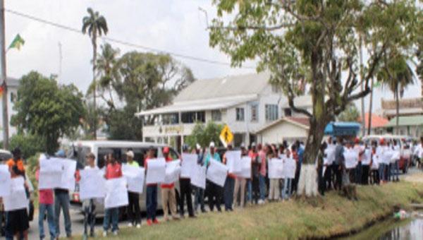 Sugar Workers In Guyana Demand Salary Increases