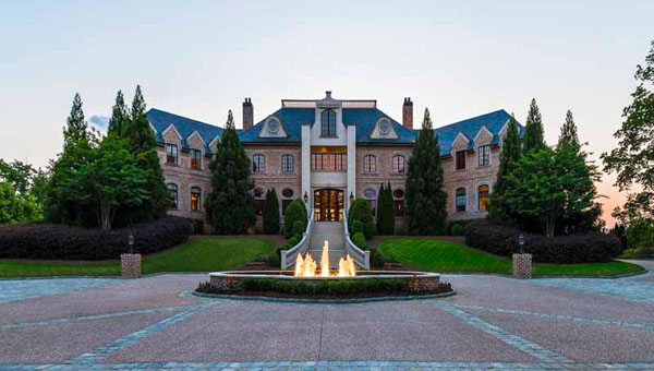 Tyler Perry's Atlanta Mansion Sold To Steve Harvey For US$15 million; Sets Record