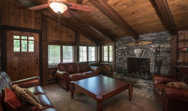 Derek Jeters Castle -- Sitting Room