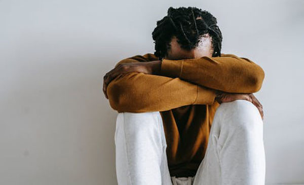 Psychological problems can cause a drop in testosterone. Photo credit: Alex Green/Pexels.