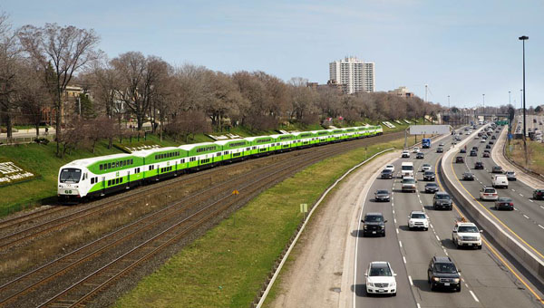 METROLINX: Building The Future Of Transit; Building Your Future